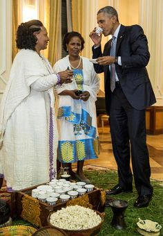 Repost from President Obama, an avid tea drinker, samples some Ethiopian coffee at last night's State Dinner hosted by Prime Minister Hailemariam Desalegn at the National Palace in Addis Ababa, Ethiopia. Ethiopian Coffee Ceremony, Ethiopian Wedding, African Culture, African American History, History Of Ethiopia, Ethiopian Beauty, Ethiopian People, Ethiopian Traditional Dress, Haile Selassie