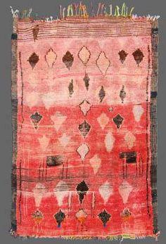 Moroccan - Berber - Rehamna Tribal Carpet - REGION: MARRAKECH DATE: the 1950's Pinned from secrete-berbere.com
