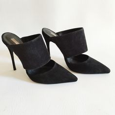 "Schutz Quereda Suede Mules Schutz Quereda Suede Mules in black.  Modern and chic.  Only worn a few times, in excellent condition.  No tears, stains or damage.  Original box not included.  4.5"" heel. SCHUTZ Shoes"
