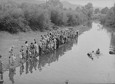 Old time baptizing in the creek.. Moorehead,  Kentucky. 1940