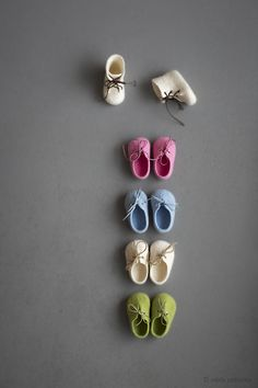 Newborn booties | the smallest shoes