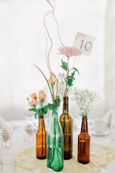 Ideias DIY (abreviação do inglês do it yourself ) para casamentos econômicos. Algumas ideias interessantes para quem está com o orçamento a...