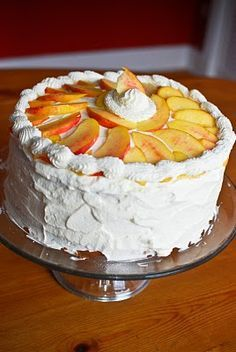 Summer Peach Chantilly Cake - fresh peaches and mascarpone cheese filling and whipped cream frosting - SWOON!
