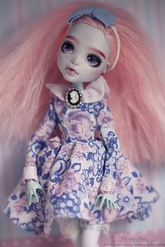 Alice by ★ Laura_Vegan★ on Flickr. Repaint by TheUgliestWife