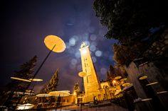 Lichtinstallation beim schiefen Turm von St.Moritz Ski Wm, St Moritz, San Francisco Ferry, Building, Travel, Light Installation, Viajes, Buildings, Trips