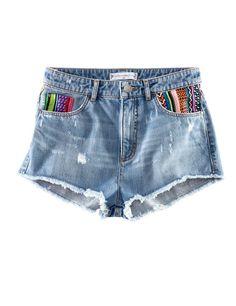 Los shorts vaqueros son perfectos para el verano, pero no todos sientan igual. Seleccionamos más de 15 para que des con el que te siente mejor. ¡Elige el tuyo! Este, por ejemplo, es de H http://www.elle.es/moda/compras-elle/shopping-short-vaquero-perfecto