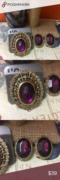 🎈 1928 Dazzling Purple Jewel Gold Brooches Set Dazzling purple jewel gold tone brooches and clip on earrings set. Must See to appreciate true beauty and quality. Brooches is new with tag and earrings are new without tags. 1928 Jewelry Brooches