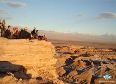 Valle de la Luna - O Deserto do Atacama é um dos lugares mais secos da Terra, com encostas rochosas, lagos de sal e fluxos de lava antiga, recebe inúmeros turistas devido sua beleza natural | Valle de la Luna - Atacama Desert is one of the driest places on Earth, with rocky hillsides, salt lakes and old lava flows, receives numerous tourists due to it's natural beauty |