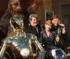 """""""Star Wars"""" / George Lucas, Carrie Fisher and Mark Hamill Star Wars Cast, Star Wars Film, Star Trek, Han And Leia, Star Wars Love, Star Wars Pictures, Carrie Fisher, Frances Fisher, Star Wars Wallpaper"""