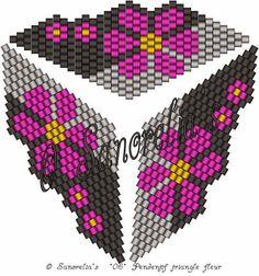 ESTHER CRISTAL: Colgante delicas de Sanorelia´s Peyote Beading Patterns, Bead Crochet Patterns, Loom Patterns, Loom Beading, Loom Bands, Art Perle, Beaded Boxes, Bracelets, Necklaces