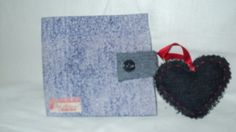 carteira masculina feita em eva restida com tecido o chaverinho de coração eu que fiz