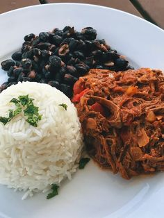 [I made] Pabellón Criollo, Venezuela's National dish, for dinner tonight. And yes, it's missing fried plantains. Couldn't find ripe plantains at the grocery : FoodPorn South American Dishes, Ripe Plantain, Parma Ham, 5 Recipe, National Dish, Gruyere Cheese, Dim Sum, Antipasto, Dinner Tonight