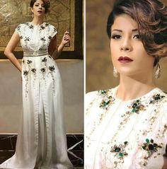 Of white takchita with embroideries #moroccancaftan