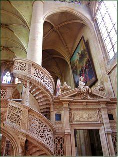 www.fashion2dream.com Church of St. Etienne du Mont, Paris, France (cw12-1)