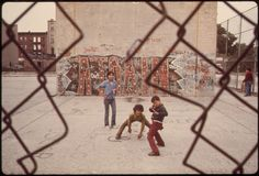 vintage everyday: 38 Vintage Color Photographs Capture Everyday Life in the U.S during the 1970s