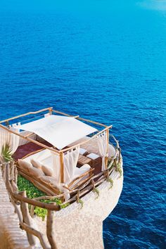 Cova d'en Xoroi, Menorca. Photo: Mirjam Bleeker #BalearicIslands