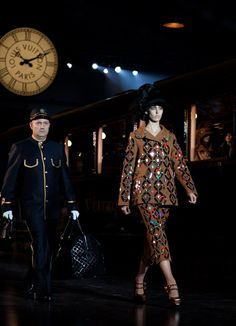 This is what I need. An attendant to carry my oversized tote to and fro a la Vuitton. #MarcJacobsIsAGenius.