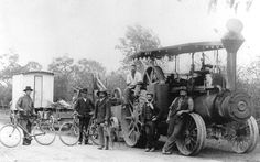 Steam Engine; Threshing crew