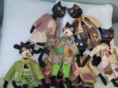 Primitive Stuffed Cats by HopeisHipofMaine on Etsy