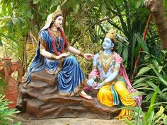Statue Of Lord Krishna And Goddess Radha Krishna Gif, Bal Krishna, Krishna Statue, Radha Krishna Images, Lord Krishna Images, Krishna Photos, Shree Krishna, Radhe Krishna, Radha Radha