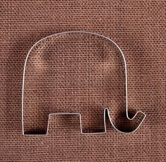 Jumbo Elephant Cookie Cutter | www.bakerspartyshop.com - 1