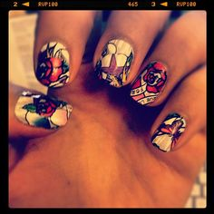 OHHEMMGEE! Definitely the BEST #nailart  I have seen!!