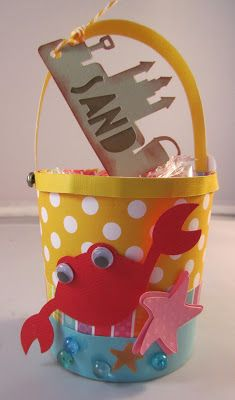 The WET N WILD SVG KIT is super fun!  Chriss made this pail and decorated it with the crab and starfish, all of which you can find in the kit!  So cute!