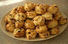 Perişan Kurabiye Canımanne mutfağından merhabalar :) Bu gün sizlere isim olarak çok değişi ve lezzet olarak harika bir kurabiye olan Perişan Kurabiyenin tarifini anlatacağım . Bir kere denediğinizde vazgeçilmezler arasına gireceğine eminim ;) Perişan Kurabiye Malzemeler: 2 yumurta 1 su bardağı şeker yarım pkt margarin yarım çay bardağı sıvı yağ 2 ymk kaşığı yoğurt 1 …