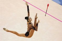 LA potencia de salto de Bessonova, es otra cosa.