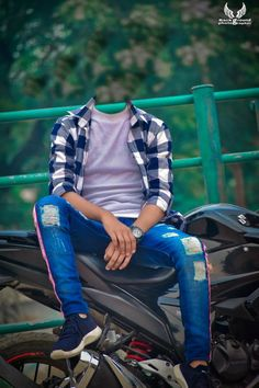 Photo Background Images Hd, Blur Background In Photoshop, Photography Studio Background, Studio Background Images, Cute Boy Photo, Photo Poses For Boy, Boy Poses, Best Poses For Photography, Best Photo Editor