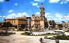 Catedral de Monterrey, Plaza Zaragoza