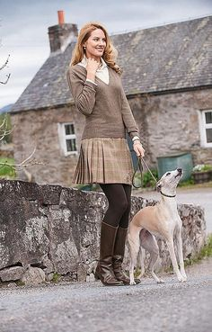 House of Bruar Ladies Tweed Kilt from House of Bruar English Country Fashion, British Country Style, Irish Fashion, English Style, Scottish Fashion, Moda Country, Country Wear, Country Outfits, Winter Outfits