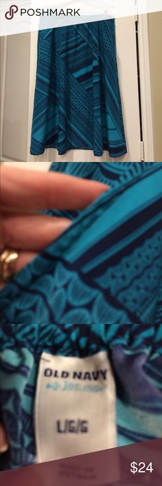 Skirt Teal & Navy with elastic waist in back & pockets in front !! So cute ! Old Navy Skirts Midi