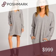 🎁NEW!!! S-L super soft tunic/dress! Loose fit, scoop v-neck, long sleeve dress/Tunic. Drop shoulder, has side seam pockets! Made with heavyweight Knit fabric that has a plush and very soft texture. Warm and stretches well. Last pic is a closeup so you can see how amazing this fabric is! SO COZY!!! Heather Grey. 83% Poly, 14% Rayon 3% Spandex. Extremely well made. Must have!!! No trades - price is firm. Dresses