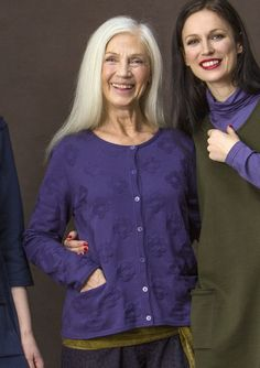 In Gray Purple Sweaters & cardigans – GUDRUN SJÖDÉN – Webshop, mail order and boutiques | Colorful clothes and home textiles in natural materials.
