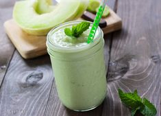 I finished the challenge! so interesting! I'd do: cucumber 1 cup honeydew frozen banana 1 bunch mint 1 cup soy milk Minty Cucumber Honeydew Honeydew Smoothie, Juice Smoothie, Smoothie Recipes, Frozen Burritos, Healthy Breakfast Options, Chips And Salsa, Good Smoothies, Coconut Recipes, New Flavour