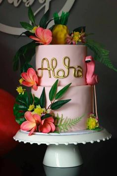 Tropical Pink Flamingo Baby Shower Ready for a taste of the tropics? Aloha Party, Hawaii Birthday Party, Luau Birthday Cakes, Luau Cakes, Luau Theme Party, Hawaiian Party Decorations, Hawaiian Luau Party, Flamingo Birthday, Luau Cake Pops