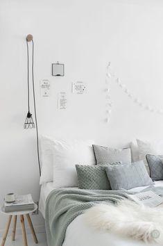 Get inspired by the most outstanding Scandinavian bedroom that feature unique la. - Get inspired by the most outstanding Scandinavian bedroom that feature unique lamps Decoration Bedroom, Modern Bedroom Decor, Trendy Bedroom, Room Decor Bedroom, Bedroom Lighting, Bedroom Ideas, Bedroom Green, White Bedroom, Bedroom Colors