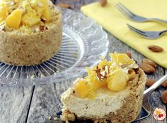Torta Fredda alle Pesche, Yogurt e Mandorle Senza Cottura