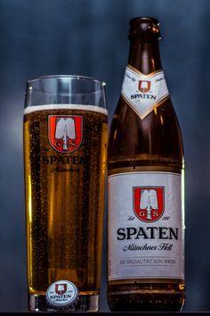 German Beer Brands, Epic Of Gilgamesh, Beer Photos, Beers Of The World, Malted Barley, Keep Calm And Drink, Natural Preservatives, Drink Beer, Vase