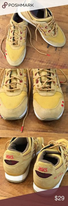 Asics man Yellow and red size 9 ASICS with split tongue in good condition. Leather trim Asics Shoes Athletic Shoes