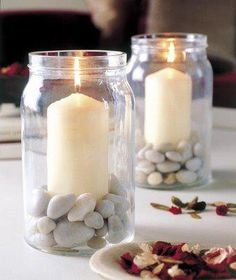 Table decoration for the summer late summer candlestick in jam jar pebbles - Trend Garden Decoration Candle Jars, Mason Jars, Candle Holders, Jam Jar Candles, Glass Jars, Wow Products, Candlesticks, Diy Home Decor, Table Decorations