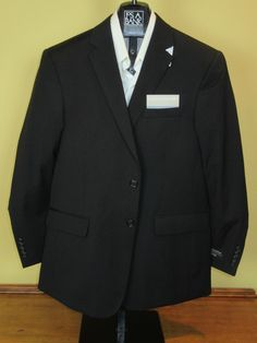 Jos A Bank classic collection solid black 2 button jacket 38 R   Tailored Fit