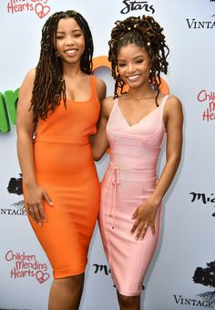 Halle Bailey Photos - Chloe Bailey, Halle Bailey attend the Annual Empathy Rocks Fundraiser at Private Residence on June 2018 in Bel Air, California. Beautiful Black Women, Beautiful People, Chloe Halle, Natural Hair Styles, Long Hair Styles, Dreadlock Hairstyles, Grunge Hair, Black Girl Magic, Wedding Looks