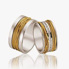 Avem cele mai creative idei pentru nunta ta!: #1264 Bangles, Bracelets, Napkin Rings, Wedding Rings, Engagement Rings, Mai, Diamonds, Jewelry, Enagement Rings