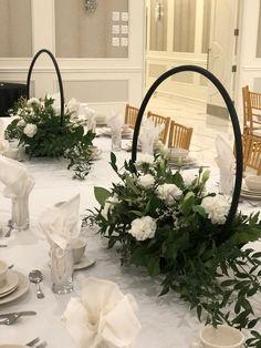 Diy Wedding Decorations, Wedding Ideas, Floral Decorations, Wedding Crafts, Wedding Details, Moon Gate, Wedding Planning On A Budget, Beautiful Rose Flowers, Floral Hoops