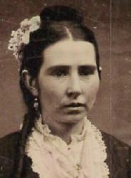 Pierre Bottineau's sister-in-law, Marguerite Bleau dit Rossignal Bottineau Baldwin, or Kas-Kas-Ka-Na-Gee, ca. 1862, (courtesy of Jeane Morneau DeCoursey)  She married Pierre's brother Basile.
