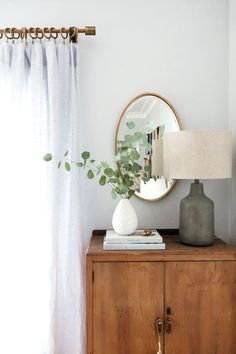 The thin gold border and gorgeous oval shape of our Merci Mirror make it a classic addition to your wall.