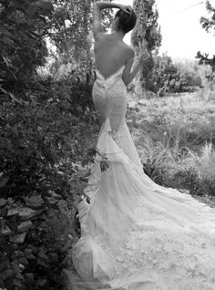 Take a look at the Inbal Dror wedding dress collection Full of sexy, beautiful, backless wedding dresses by the Israeli designer. Mod Wedding, Wedding Night, Wedding Bells, Lace Wedding, Dream Wedding, Wedding Story, Crystal Wedding, Wedding Bride, Used Wedding Dresses