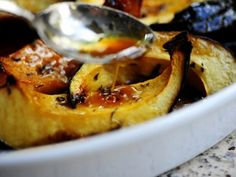 Sweet-Roasted Rosemary Acorn Squash Wedges. LOVE this Thanksgiving side dish.